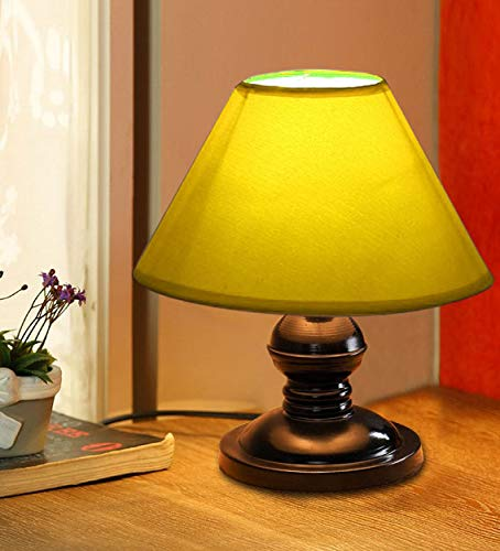 VRCT Yellow shade Lamp